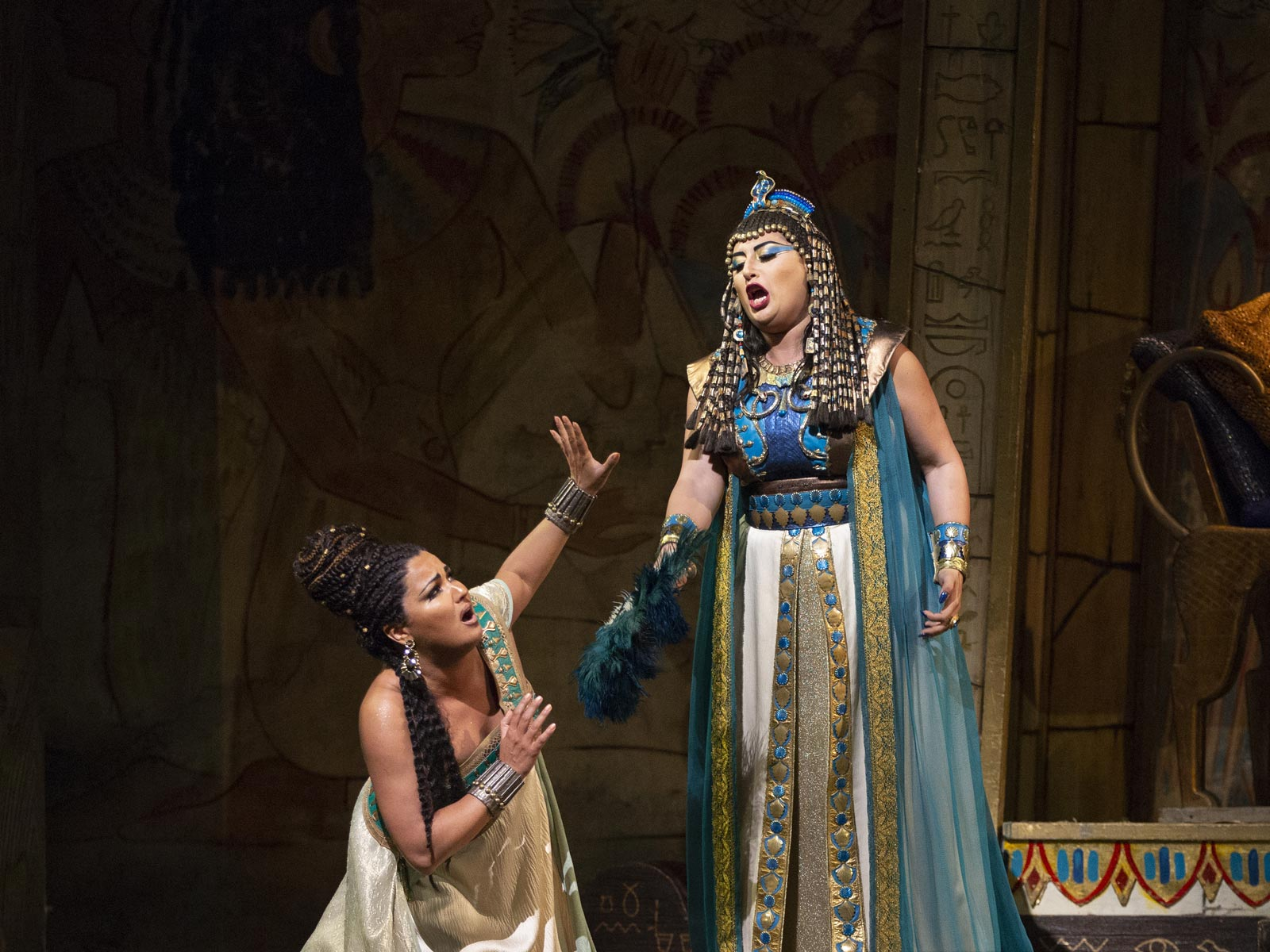 Anna Netrebko and Anita Rachvelishvili in Aida